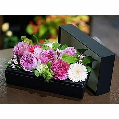 佐賀市 ふるさと納税 【定期便4回】季節の生花のフラワーボックス