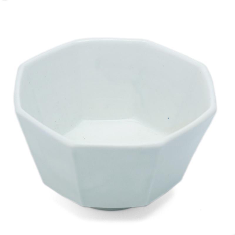 白磁:白磁八角小鉢・阿部春弥《小鉢・10.7cm》|yobi