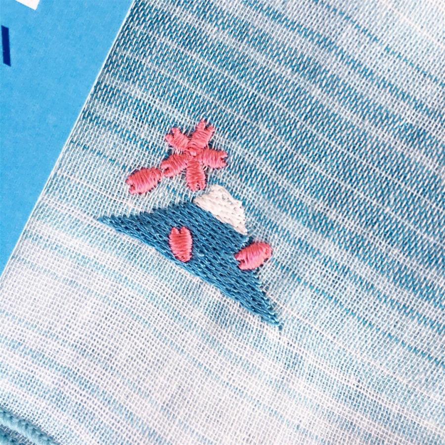 【にっぽん小物】刺繍ハンカチ・富士山と舞う桜|zakkaswitch|02
