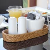 アジアン雑貨・バリ雑貨! バリ島の天然素材アタで編まれたトレイ型バスケット。良質なアタ製品を作ること...