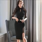 レースのワンピースで品があります。 エレガントな女性を演出してくれるドレスです。 【商品詳細】 ◆カ...
