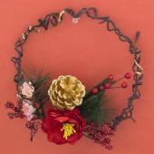 お正月しめ縄  寸法 直径18cm×花5-6cm  お手軽でどこにでも飾れちゃうミニリース。  玄関...