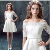 一生に一度大事な日  主役の貴女をもっと美しく  輝かせてくれる最高なウエディングドレス 編み上げた...