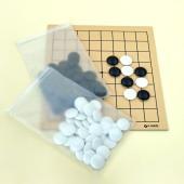 9路盤は碁が狭く囲碁を理解し易いので、9路盤からの入門をお勧めします。裏面は7路になっております。