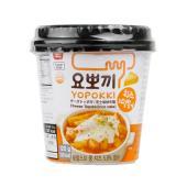名称 即席チーズトッポギカップ  原材料名 トッポギ餅:米、精製塩、酸度調節剤、酒精 ソース:チーズ...