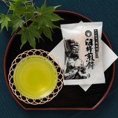 【大分臼杵名物の伝統銘菓をお楽しみください。】 江戸時代、参勤交代の携行食が起源とされる、生姜の風味...