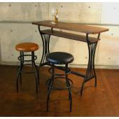 オシャレなカウンターテーブルです。  サイズ:W150×D40×H87cm カラー:ブラウン(脚:ブ...