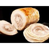 豚バラ肉を大きく巻き上げたチャーシューを、大判にスライスした「豚バラ太巻チャーシュースライス200g...
