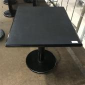 商品名:テーブル グレー  寸法:W600×D750×H650  メーカー:不明  型式:不明  年...