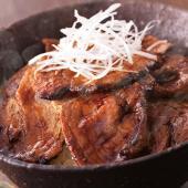 北海道 土産 お土産 みやげ おみやげ / 帯広 ぶた八の豚どん  帯広名物豚丼は地元で古くから愛さ...