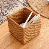 カトラリースタンドからペン立てまで使い方いろいろバリ島の人気アジアン雑貨
