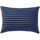 Tシャツに使われる天竺編みで肌触りのよいカバーを作りました。編地ならではの伸縮性とやわらかさが特長で...